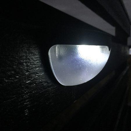 LED Lampe mit Solarzellen