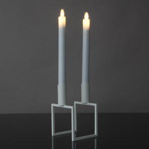 2 Stück LED Tafelkerzen mit beweglicher Flamme (weiß)